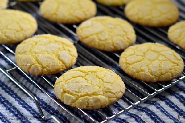 Easy-Lemon-Crinkle-Cookies-Chew-Nibble-Nosh-4